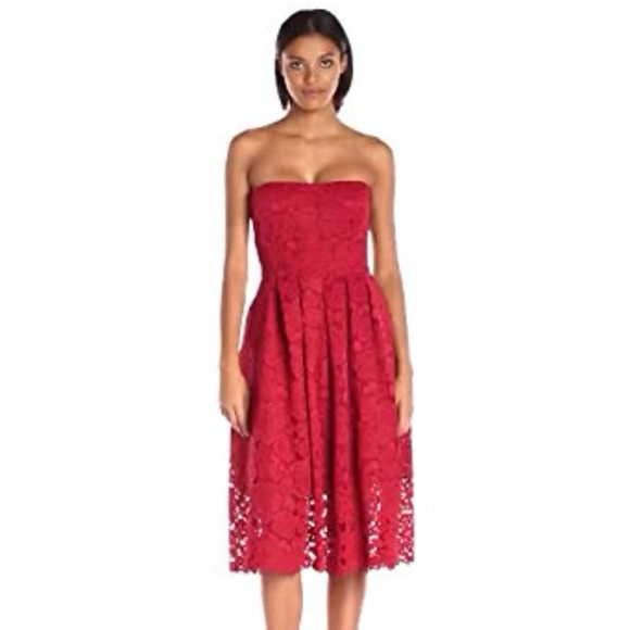 52276926 Vera Wang Dresses | Womens Lace Strapless Dress Red | Poshmark